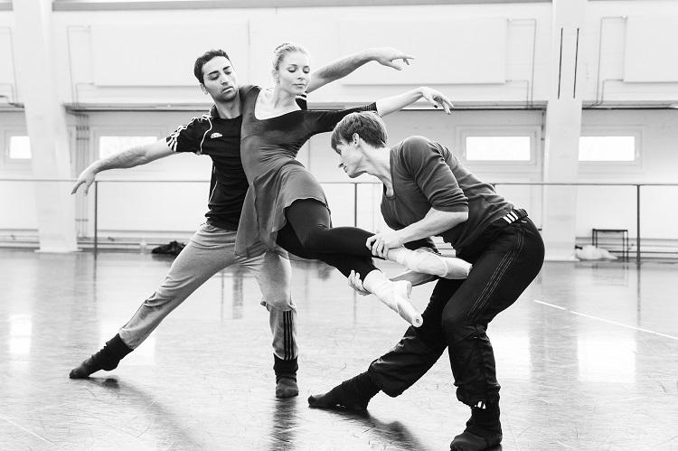 sbb-altro-canto-choreografie-jean-christophe-maillot-foto-yan-revazov-2308